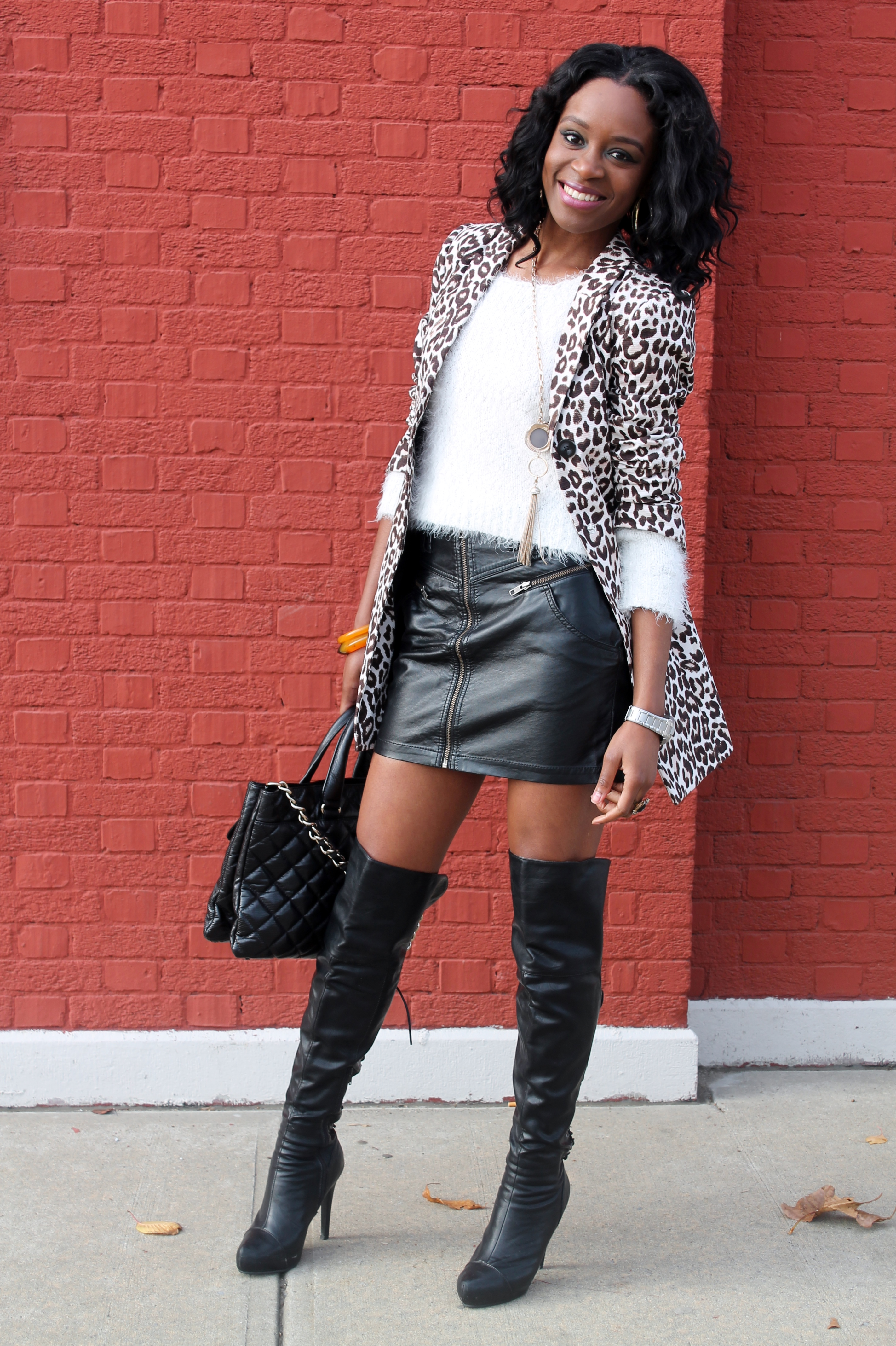 Leather skirt + knee  high boots (8)