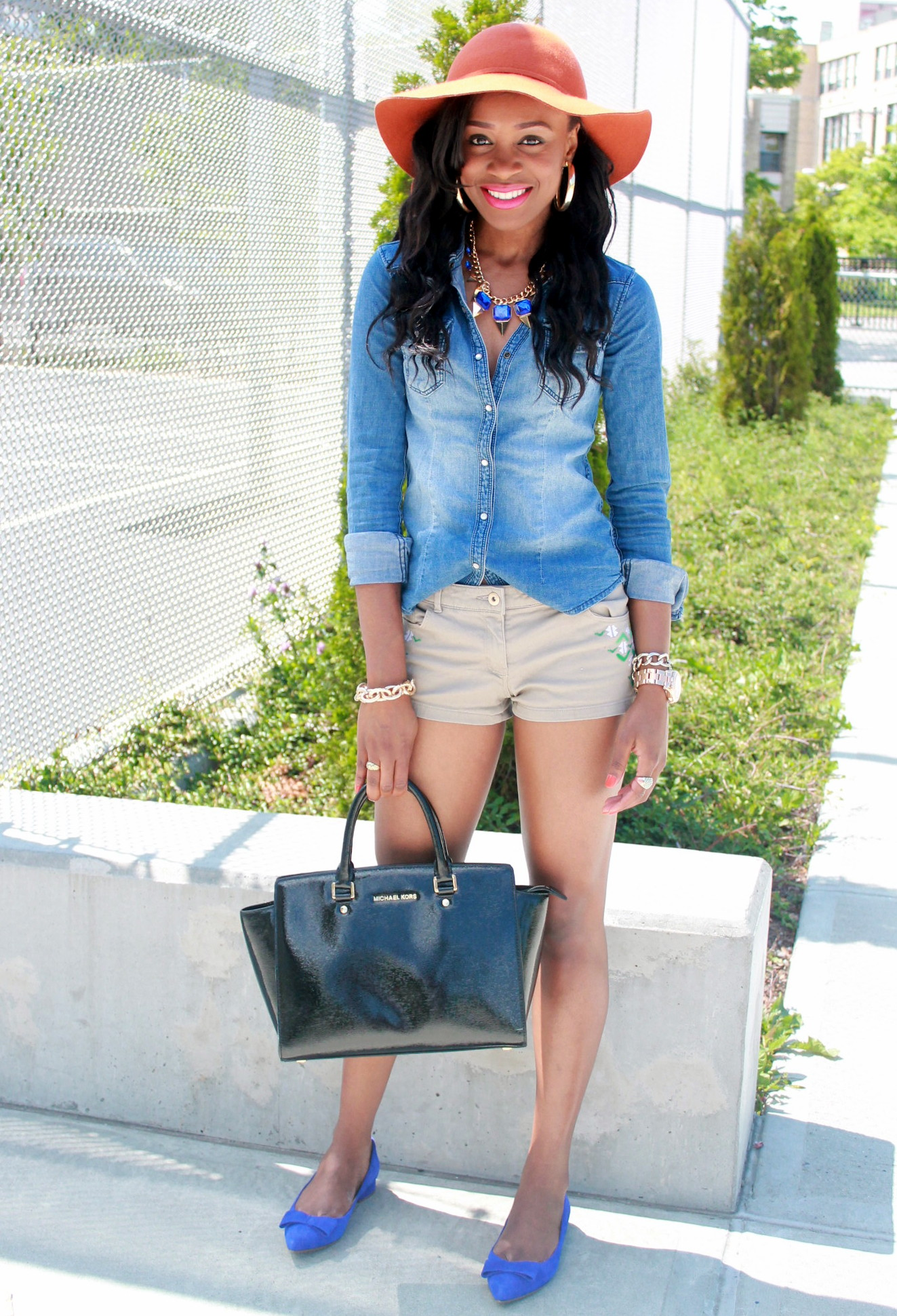Chambray top + bow suede flats (10)