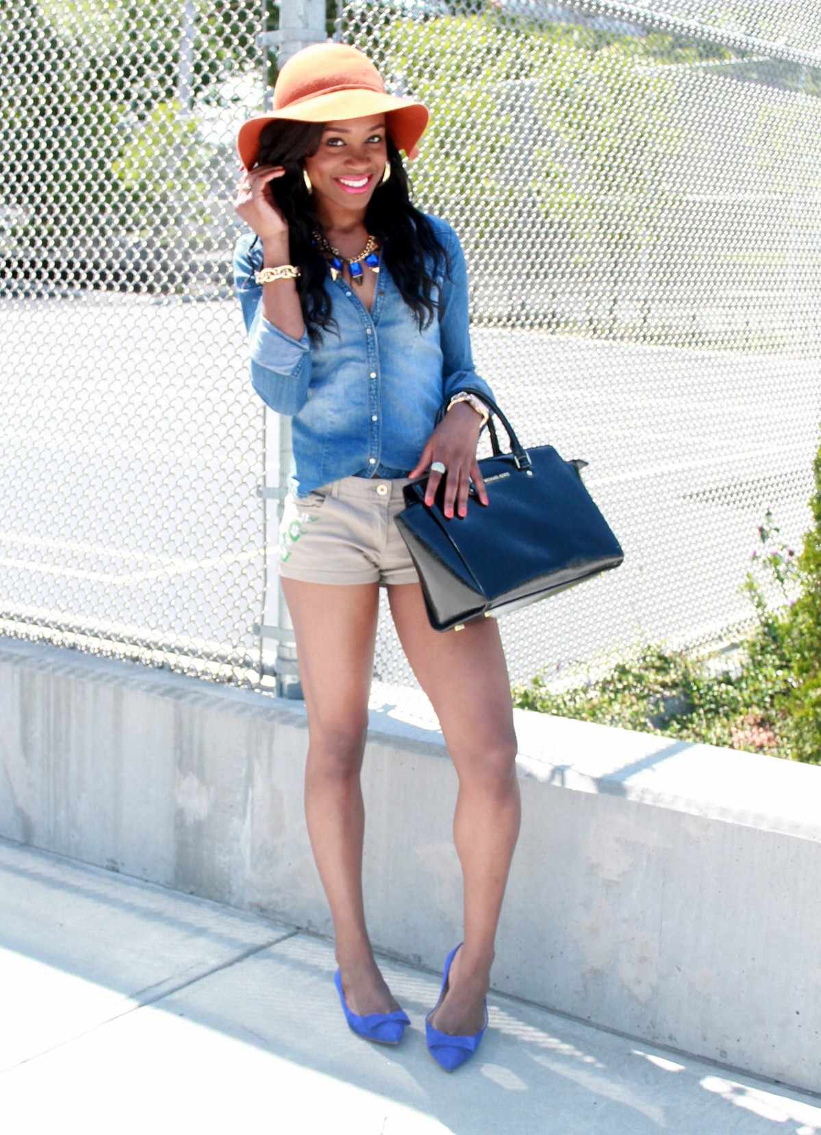 Chambray top + bow suede flats (4)