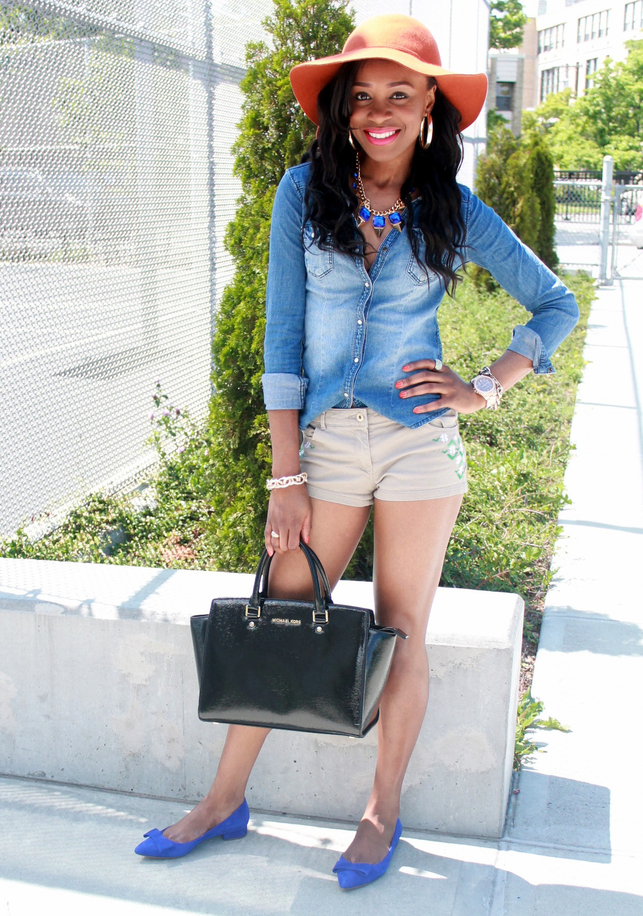 Chambray top + bow suede flats (8)