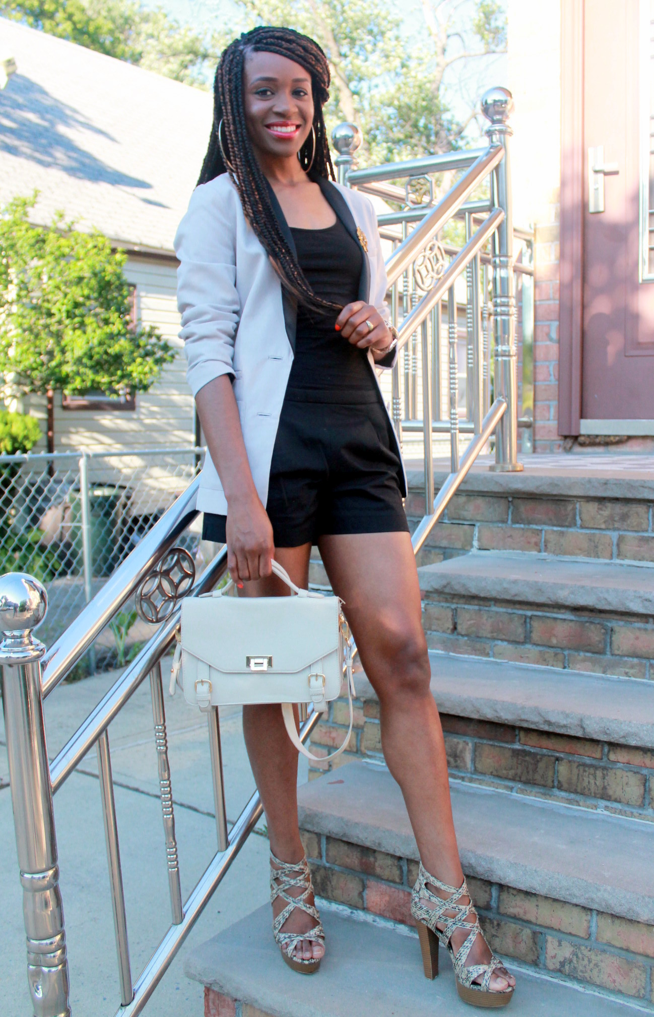 Black JCrew shorts + H&M oversized blazer (3)