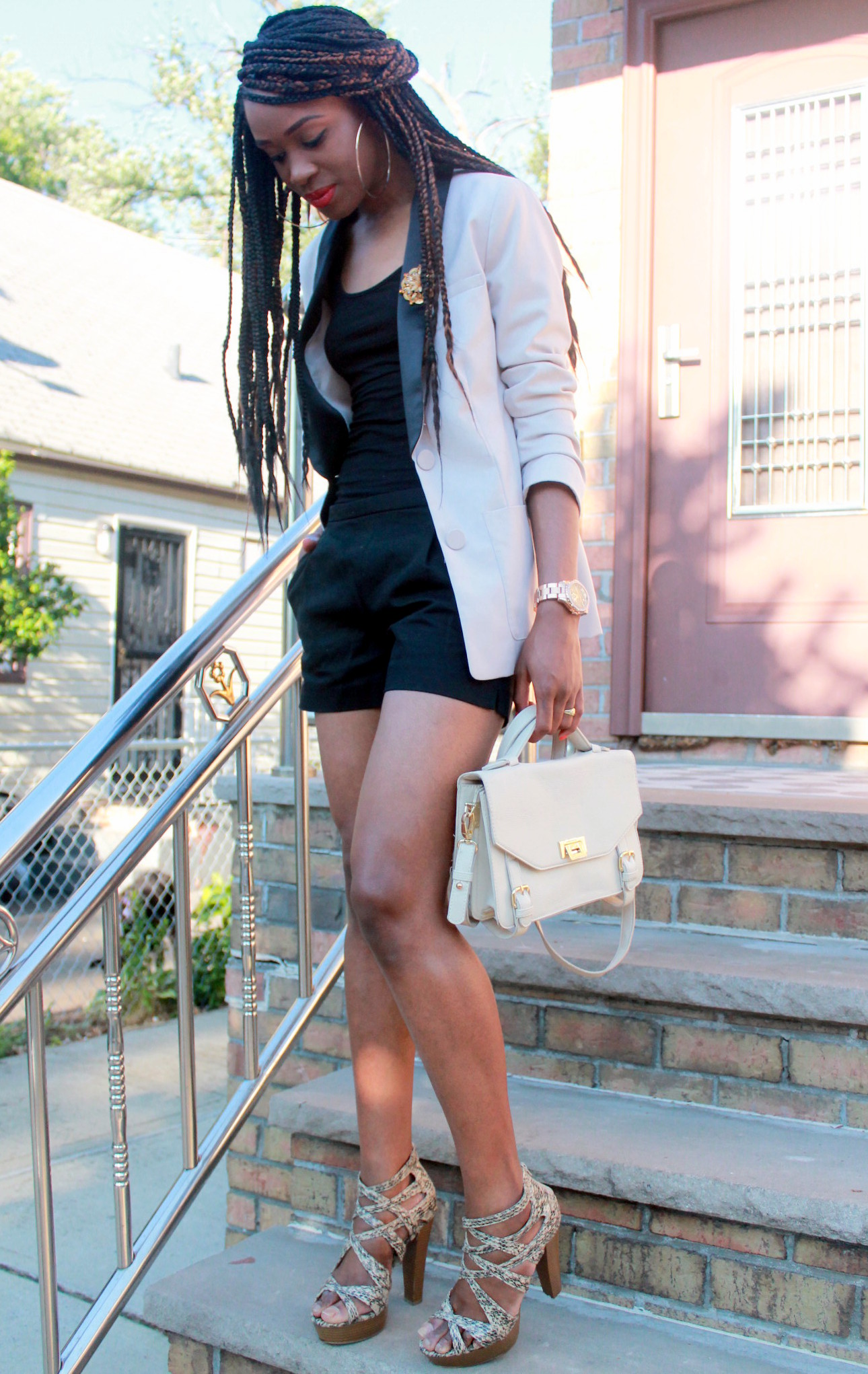 Black JCrew shorts + H&M oversized blazer (8)