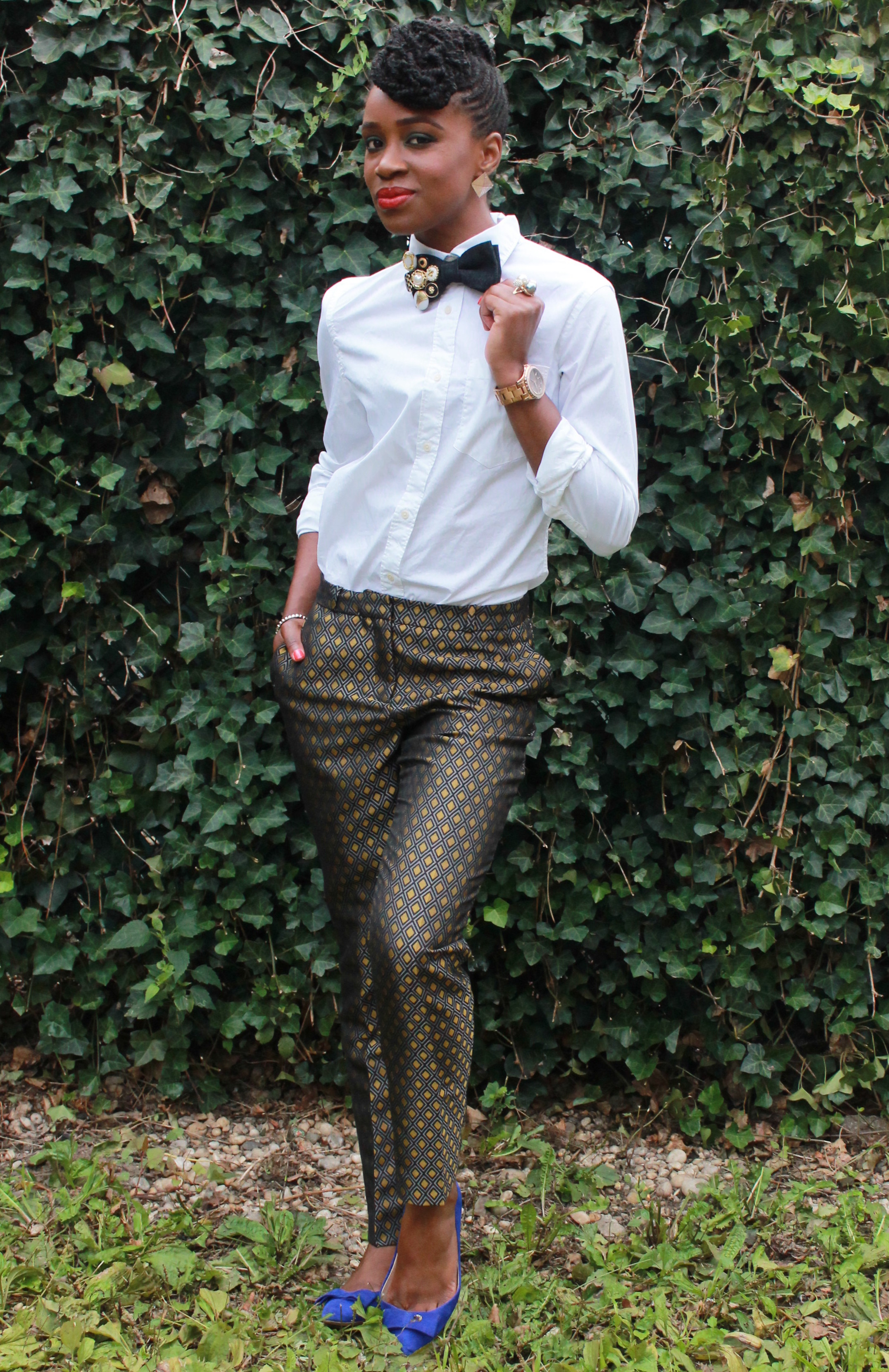 Printed trousers & bedazzled tie (1)