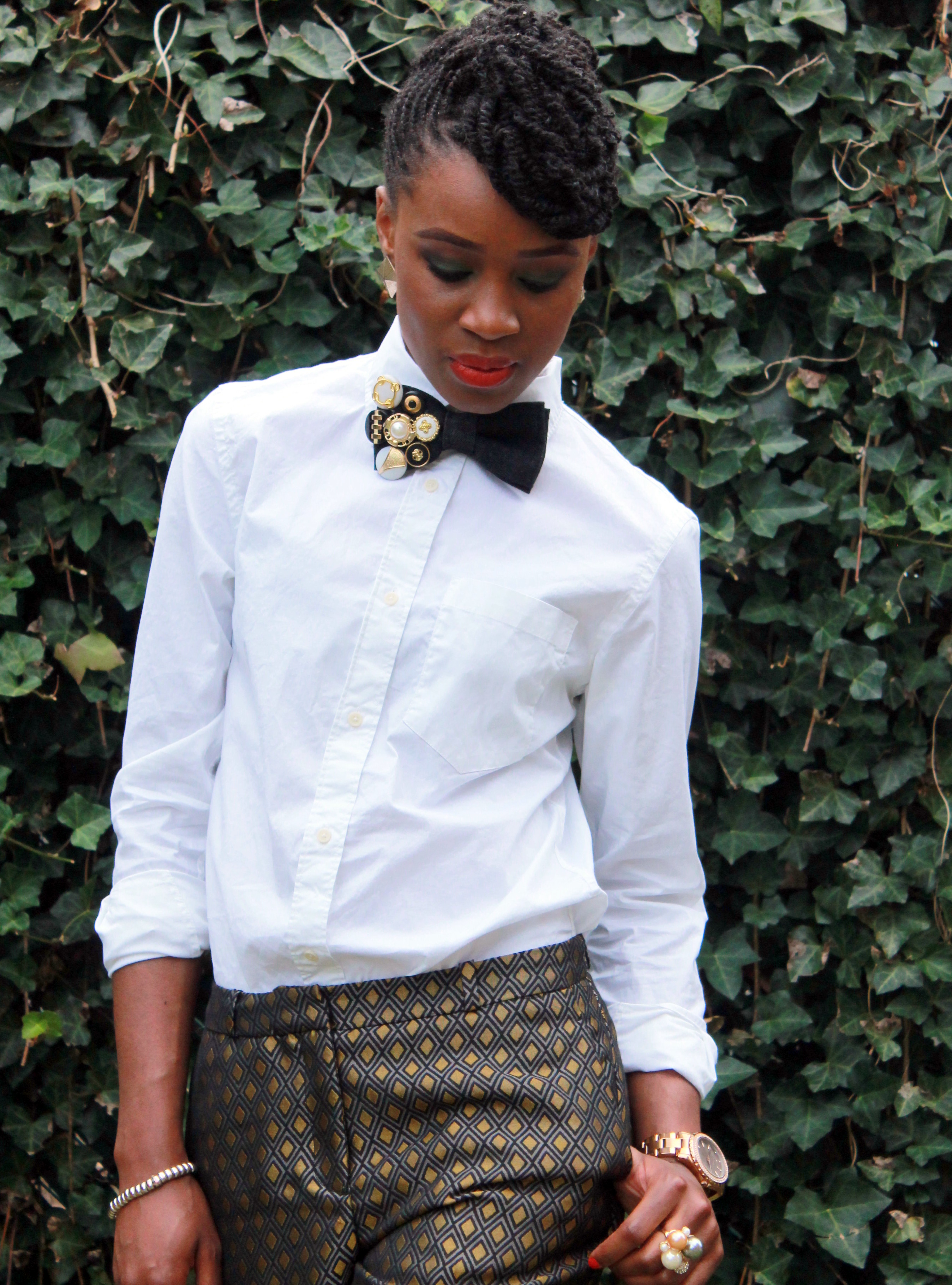Printed trousers & bedazzled tie (2)