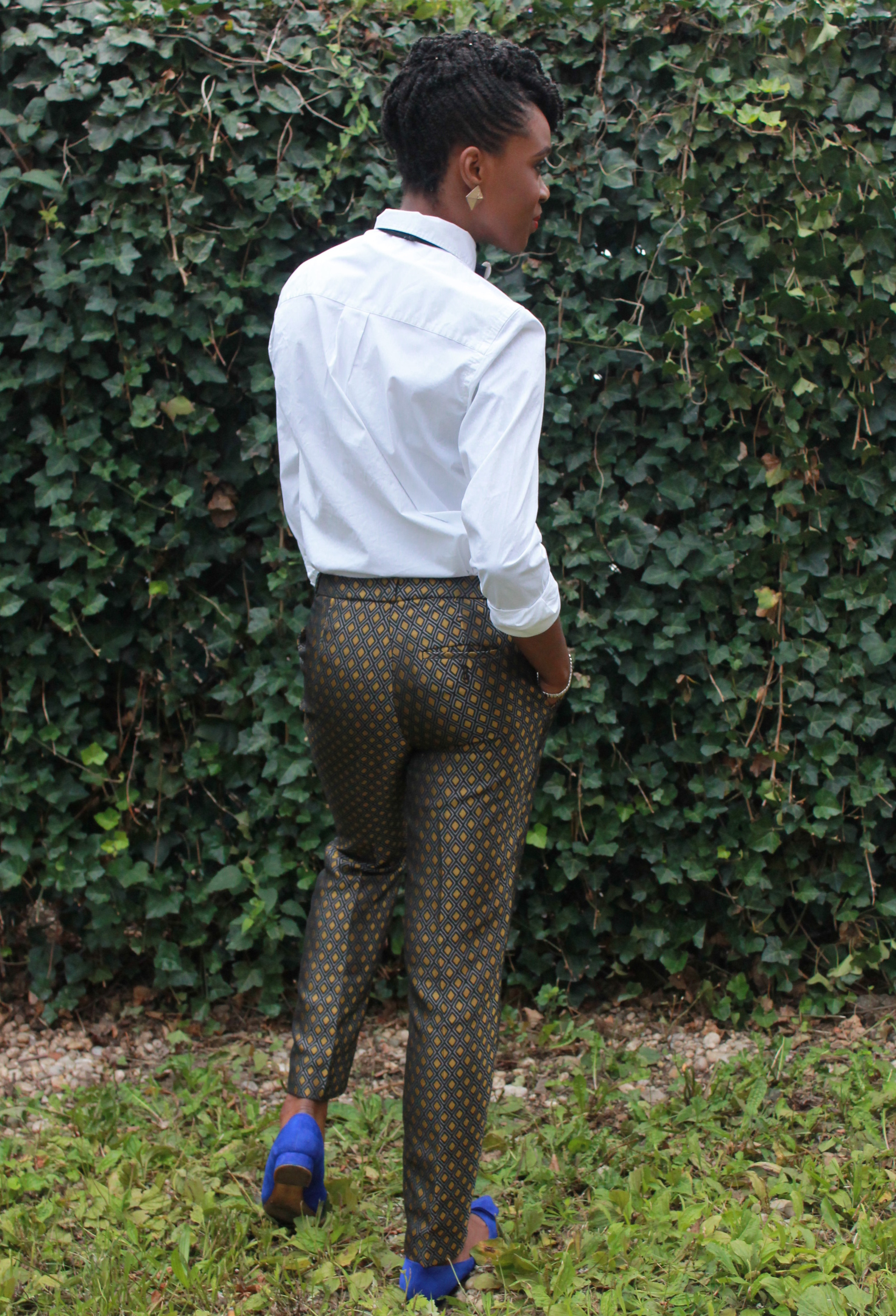 Printed trousers & bedazzled tie (8)