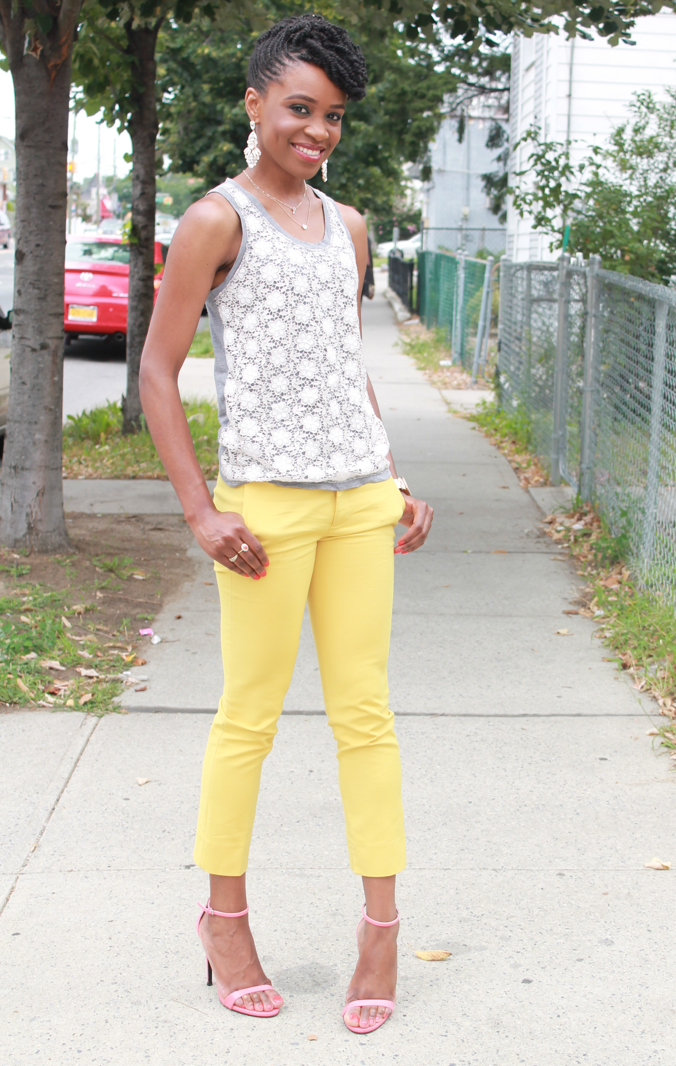 Yellow cropped trousers & lace top (10)