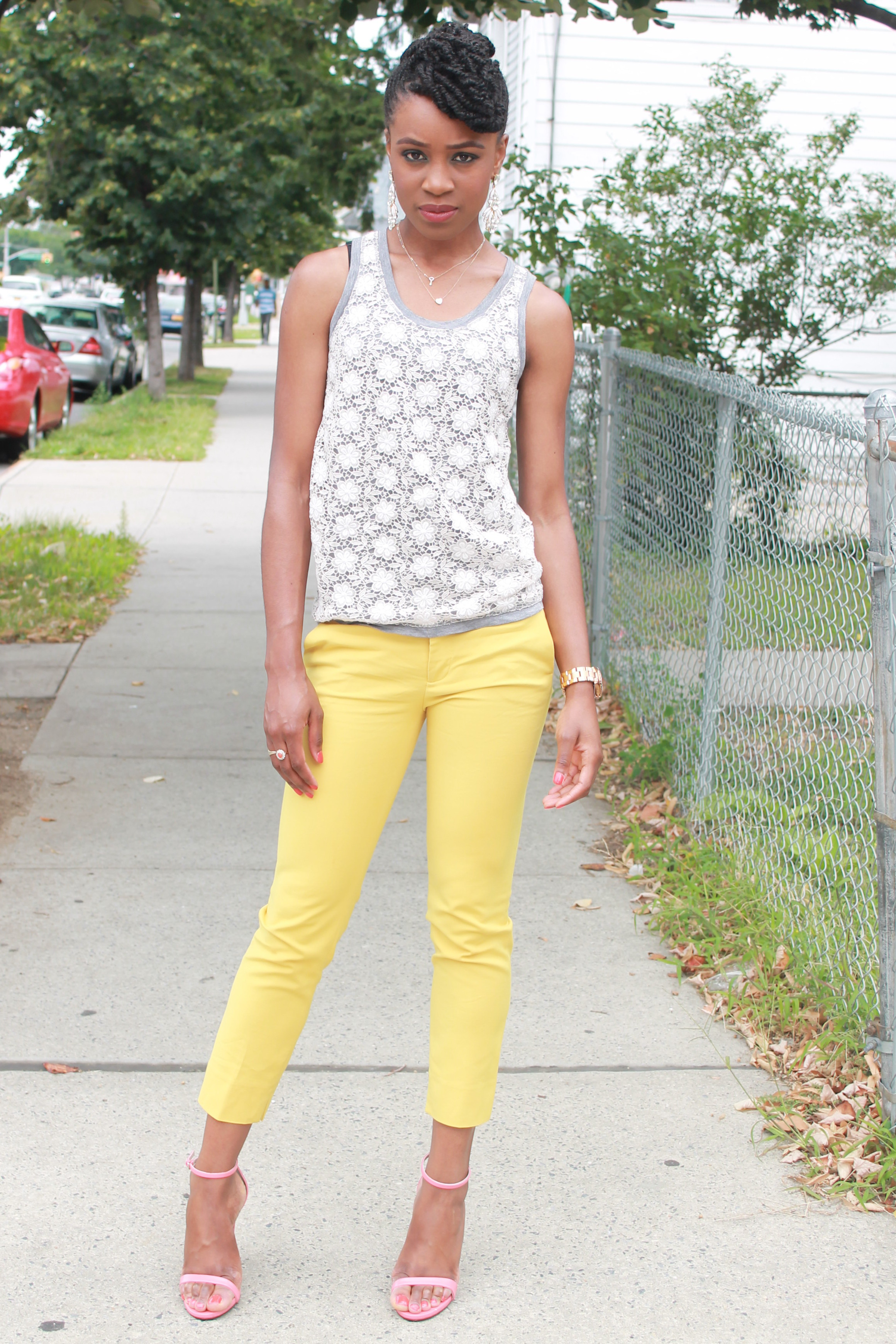 Yellow cropped trousers & lace top (4)