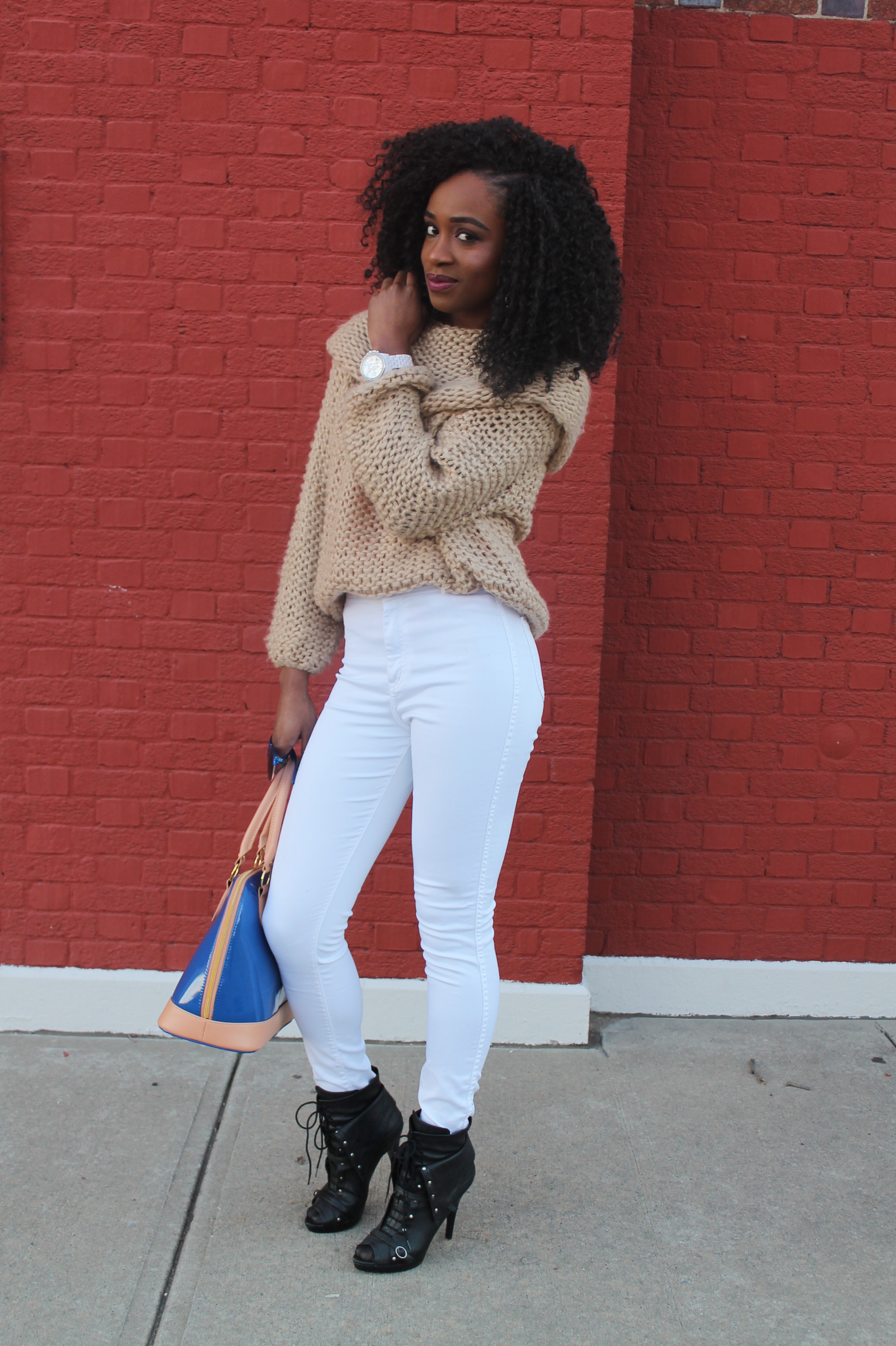 American Apparel high waist white jeans & sheinside sweater (8)