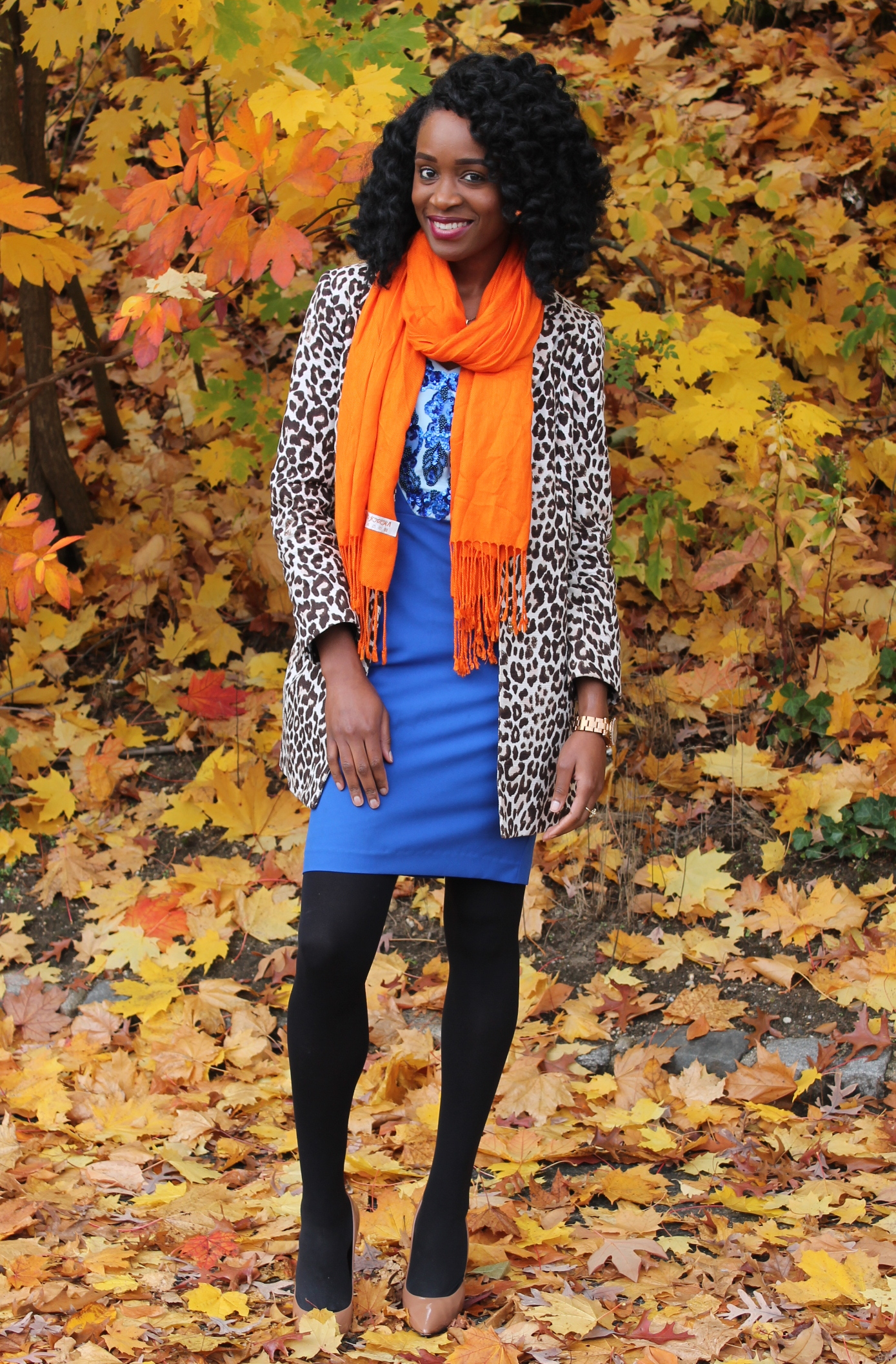 Leopard coat & blue midi dress (6)