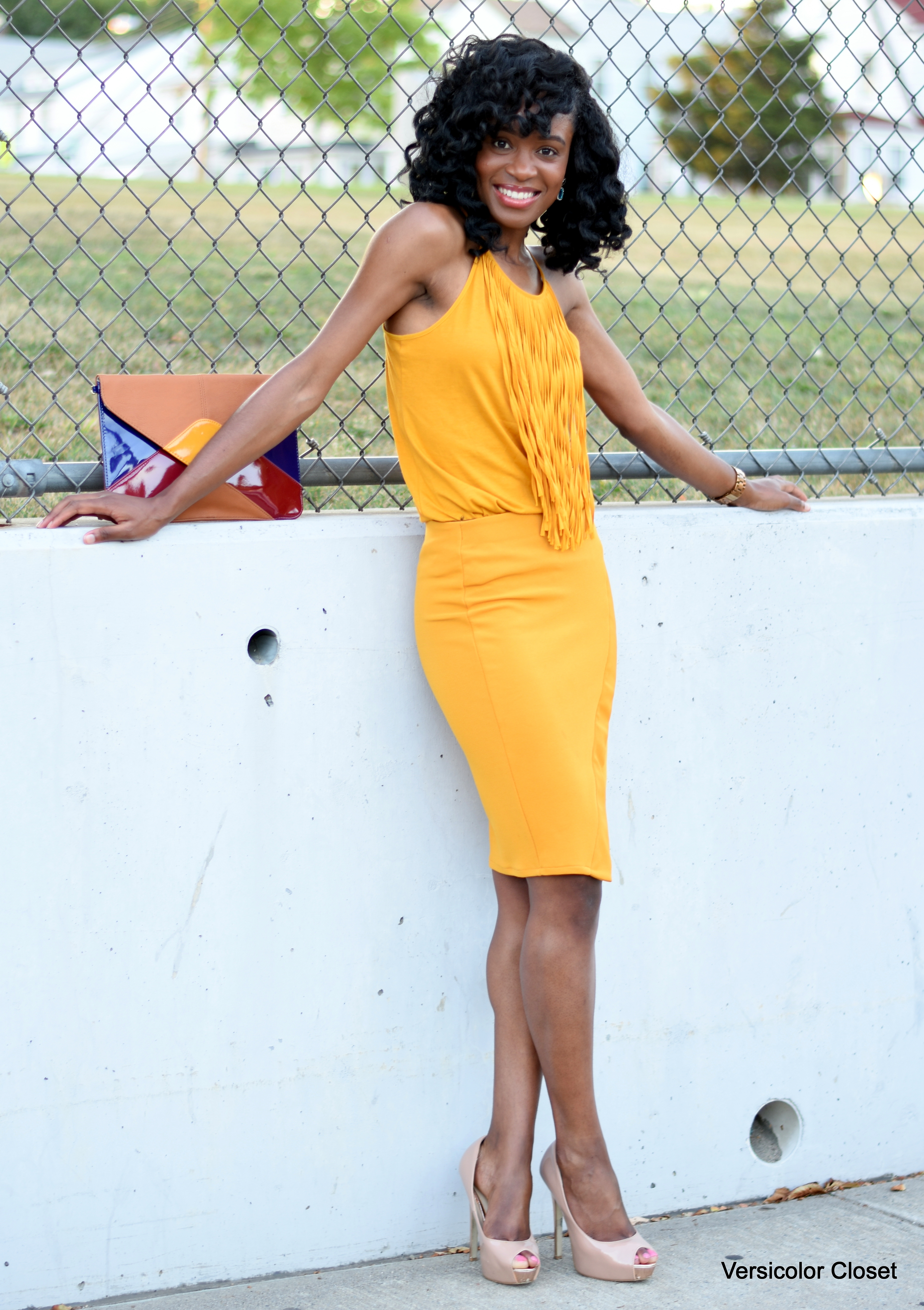 Mustard pencil skirt + fringe top (1)