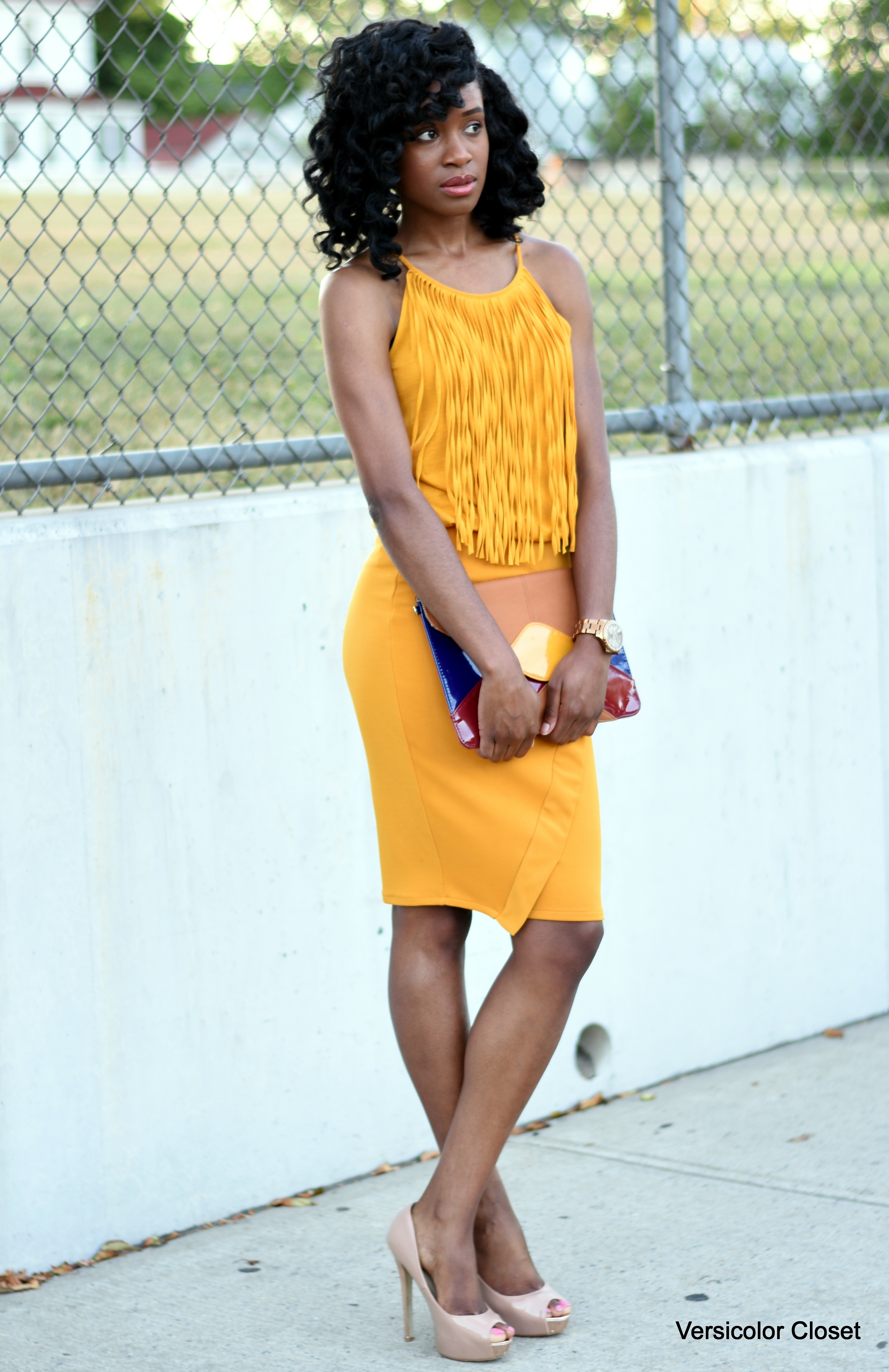 Mustard pencil skirt + fringe top (5)