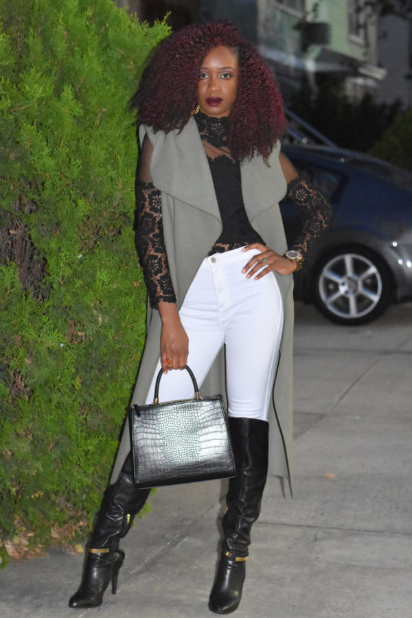 styling-white-jeans-for-fall-3