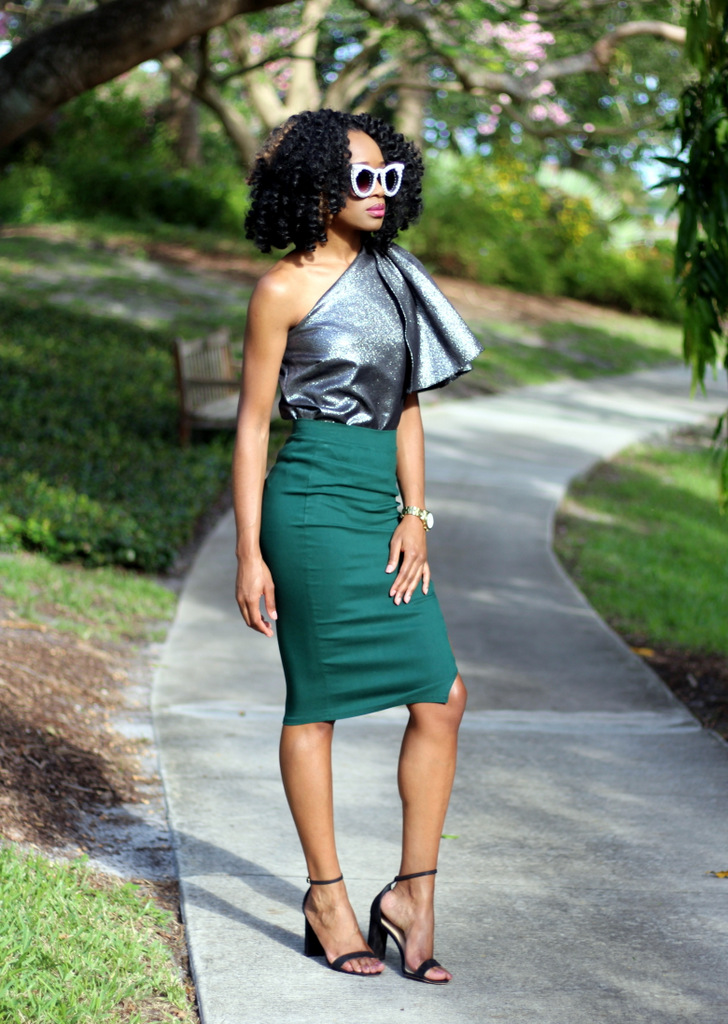 Midi skirt & off shoulter glitter top (1)