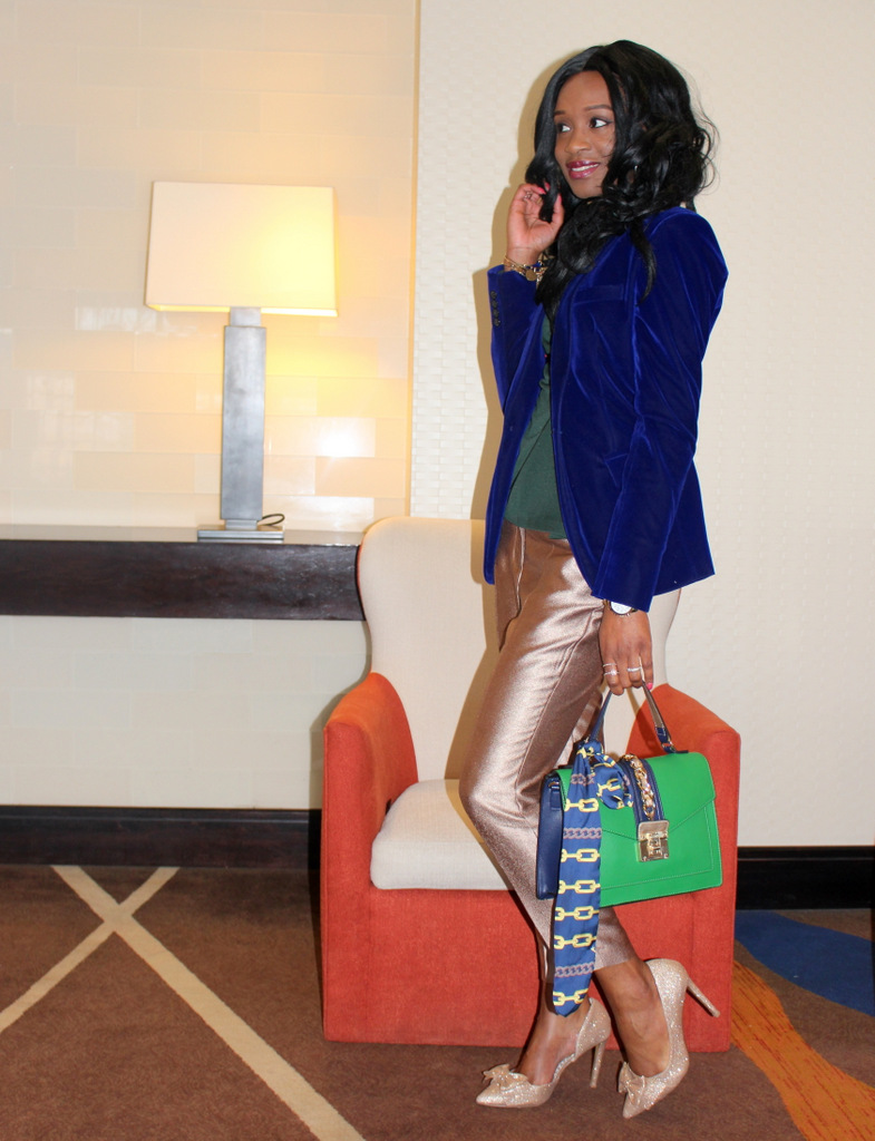 how to style a blue velvet blazer, gold trousers